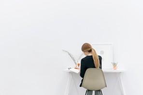 Scrivere a mano nell'era digitale: come riscoprire carta e penna
